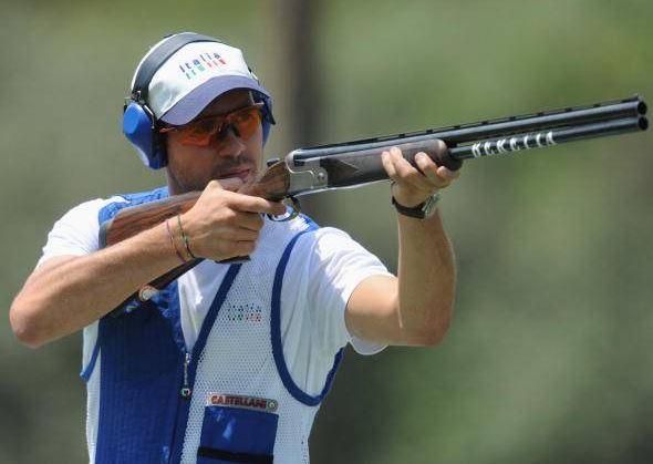 Pistole e fucili nello sport
