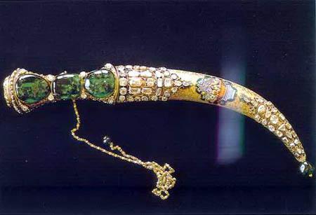 Arma Bianca: la più preziosa del mondo è il Pugnale Topkapi: