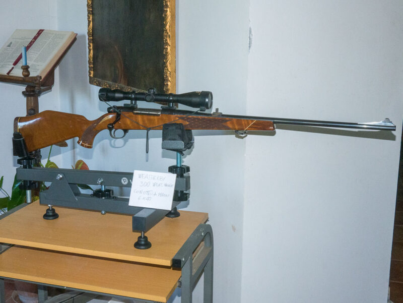 Carabina Weatherby Bolt Action 300 WM